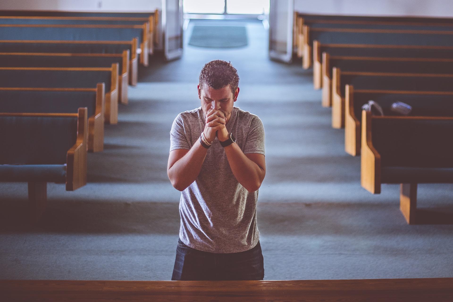 praying-2179326_1920.jpg