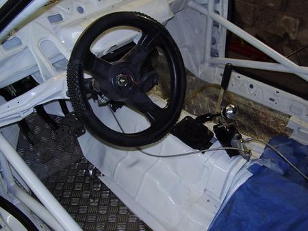 Ford Escort Cosworth Mk1. http://www.cosworth.hu/content