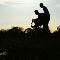 DRBIKEART: LONDONI SIKK KÉTKERÉKEN (Ride a bike in London)