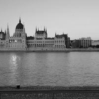 Ideje ellátogatni a megújult Kossuth térre.. (BUDAPEST)