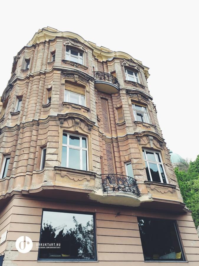 drkuktart_budapest100_2017_02_lanchidutca5.jpg