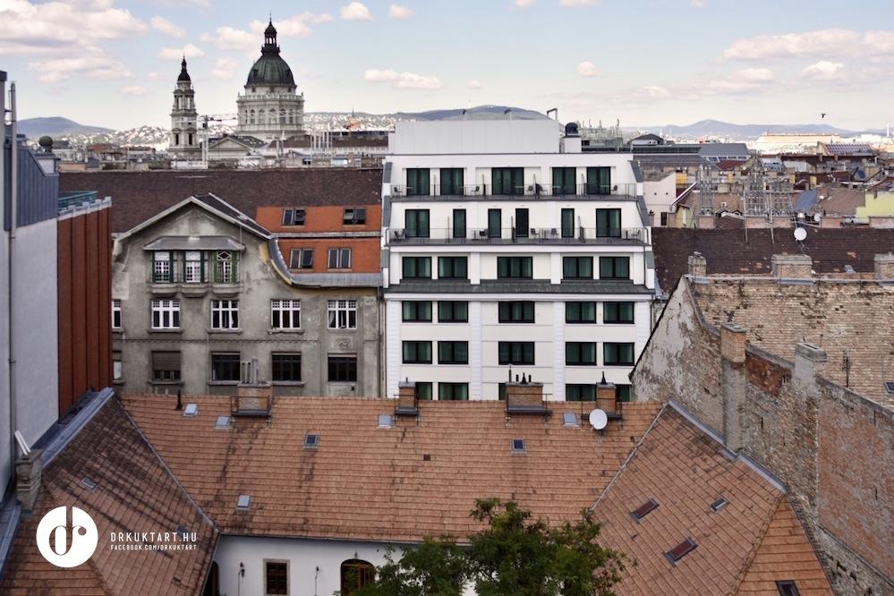 drkuktart_budapest100_2020_10ev_08_madachut10.jpg