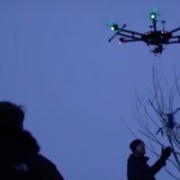 Videó: Egyik drón mentette a másikat a Balaton jegéről