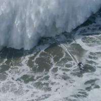 Óvatosan drónozzatok hatalmas hullámok közt is!