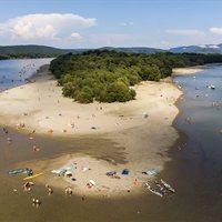 Légifotók a Dunakanyar szabadstrandjairól