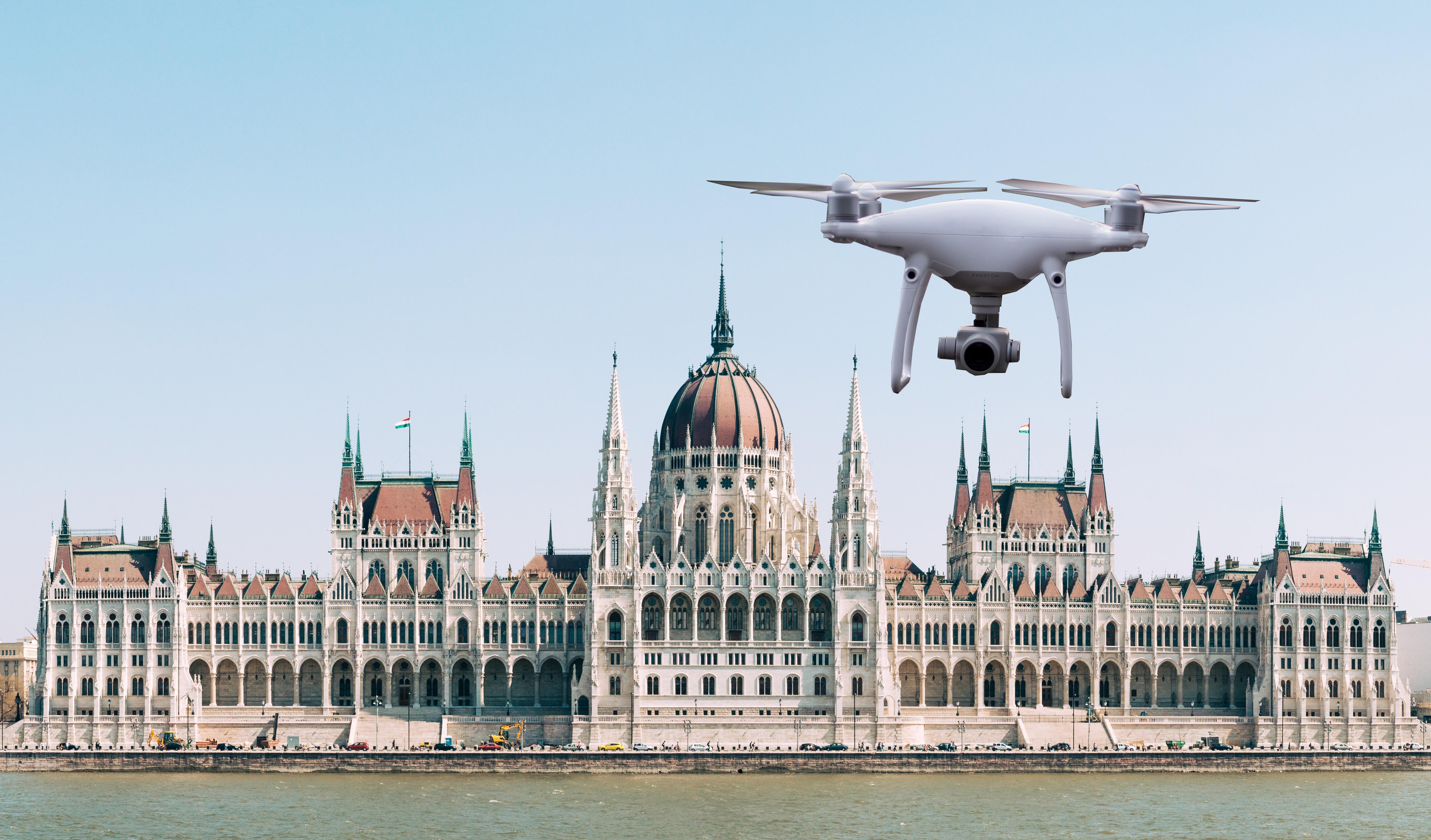 dron-parlament-jogszabaly-drontorveny.jpg