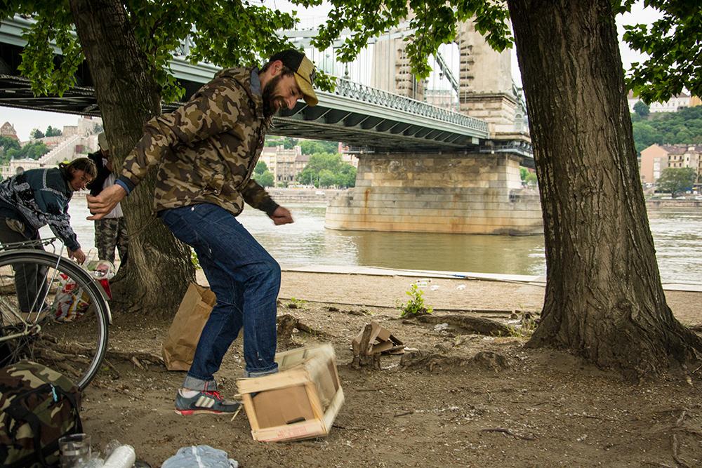 Czinege Tamás akcióban (Spájz a szájban) Fotó: Máté Csaba