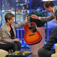 Aki le akarta nyúlni Bob Dylan gitárját
