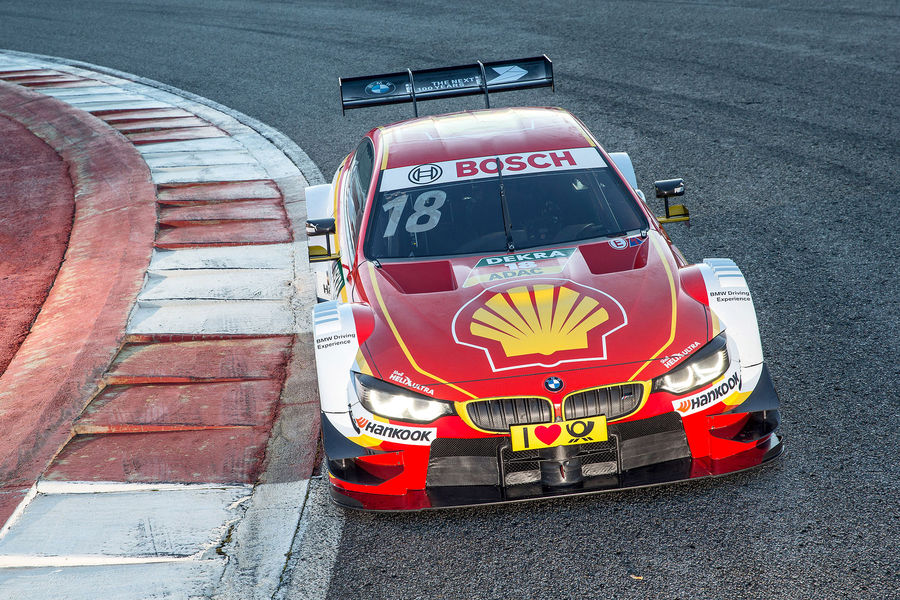 #18 Augusto Farfus Shell BMW M4 DTM