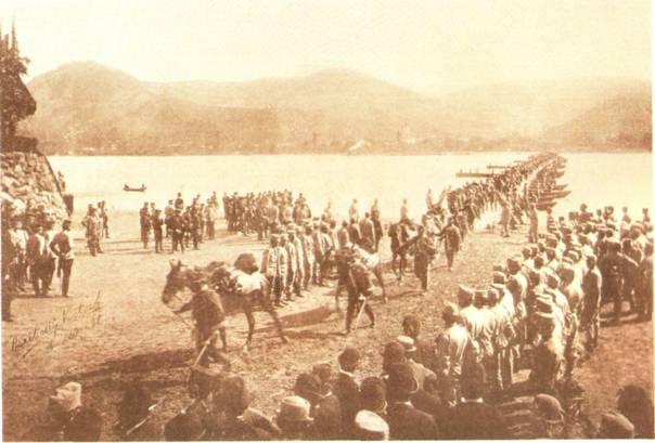 1894_hadgyakorlat_a_dunan.jpg
