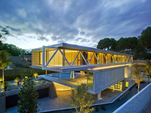 4-in-1-house-by-Clavel-Arquitectos01.jpg