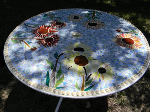 Mom's Sunflower table 4.JPG