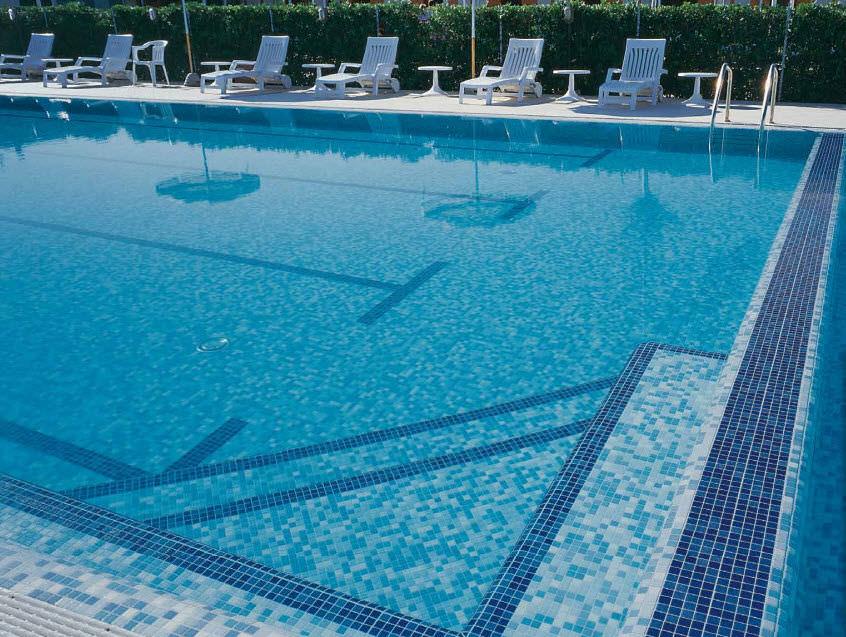 indoor-mosaic-pool-floor-mounted-glass-11232-1731459.jpg