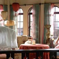 Eva Longoria becomes Ghost - Over her Dead Body trailer