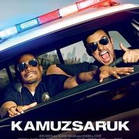 Kamuzsaruk (Let's Be Cops) - magyar előzetes + plakát