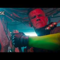 Deadpool összeakad Kábellel - szinkronizált változat