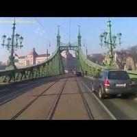 Kerékpárral a Szabadság hídon