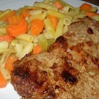 Dijoni serpenyős tarja párolt vajas zöldséggel