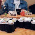 Szerintetek milyen lehet a sushi barna rizsből?