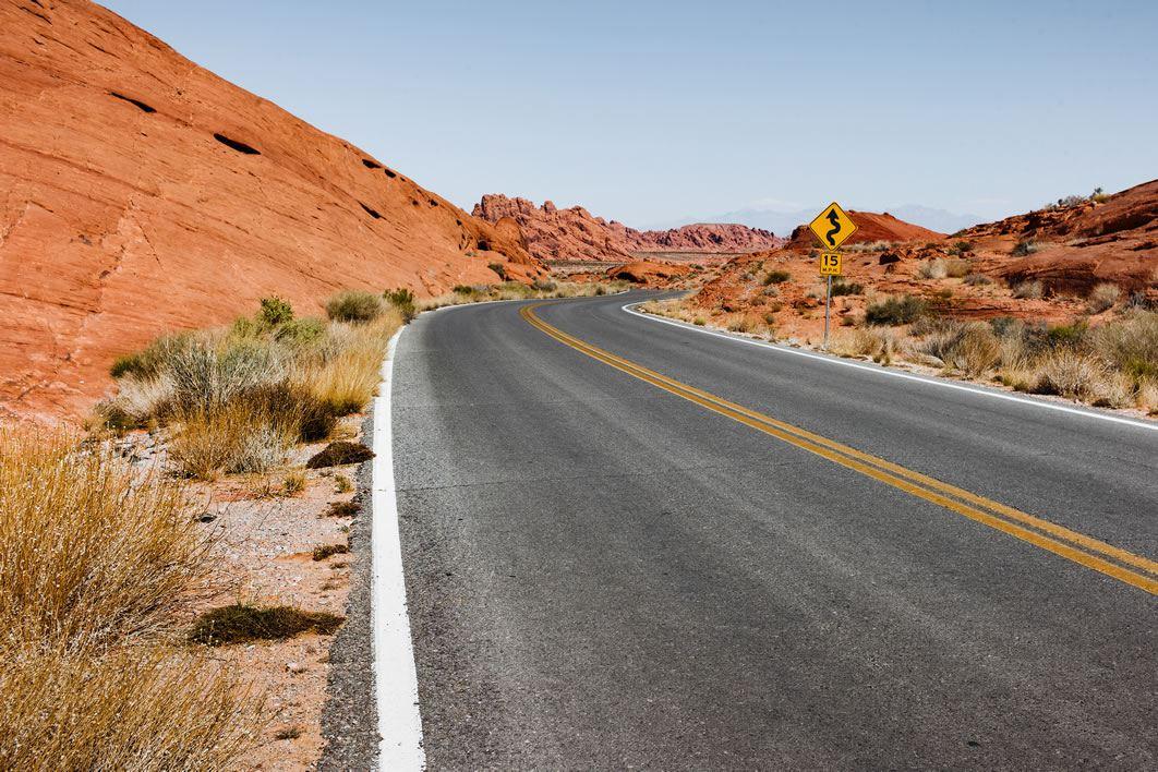 negative-space-desert-road-usa-thumb.jpg