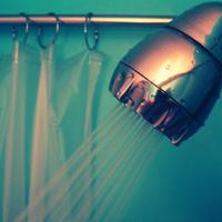 Cyberszex a zuhany alatt