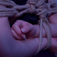 Kínzás szeretetből – több, mint egy kis paskolás