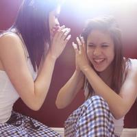 Beszélgetnek a lányok szexről egymás között?