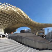 Metropol Parasol a világ legnagyobb kiterjedésű faszerkezete