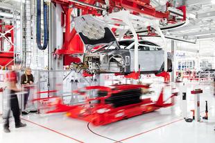 Egyre több zöld munkahelyet teremt a Tesla