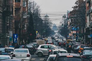Az európai városlakók többsége támogatja a szennyező autók értékesítési tilalmát 2030-tól