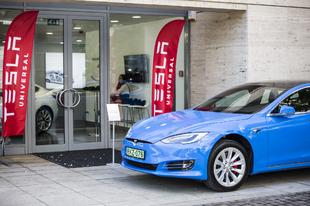 Megnyílt a budapesti Tesla bemutatóterem