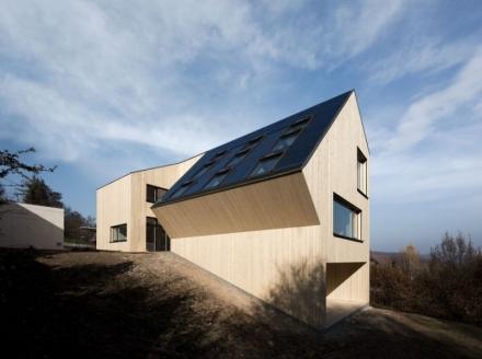 800-2kwq5x-50-018-sunlighthouse-024-s.jpg