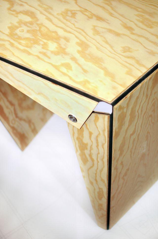 plie_by_atelier_grand_plie_asztal_1.jpg