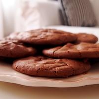 Csak egy jobb dolog van a csokinál. Ez a csokis keksz! :)