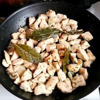 Pechuga de pollo al ajillo, azaz a spanyol fokhagymás csirke - kicsit másképp