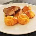 Narancsos kacsamell sütőben sült sajtos krumpligombóccal