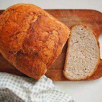 Házi félbarna kenyér lenmaggal