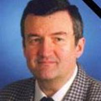 Elhunyt Degrell István