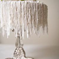 Függő jégcsapok készítése tortára