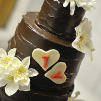 Full csokis esküvői torta