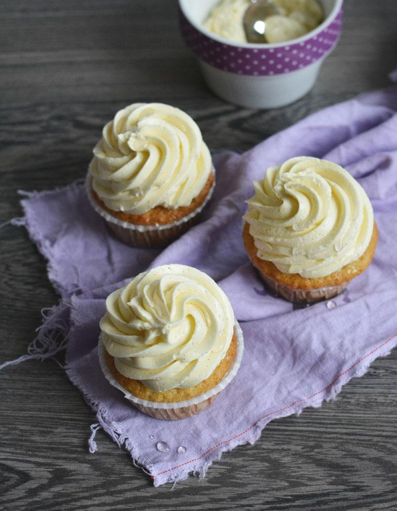 vanilia_cupcake.jpg