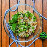Nem mindegy a neve: mentás cukkinis quinoa kavargó