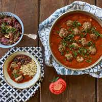 Paradicsomos húsgombóc arabosan, sült padlizsán salátával - baba változatban is