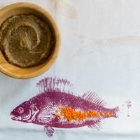 Útravaló babakaják: Vöröslencsés padlizsán sült lilahagymával