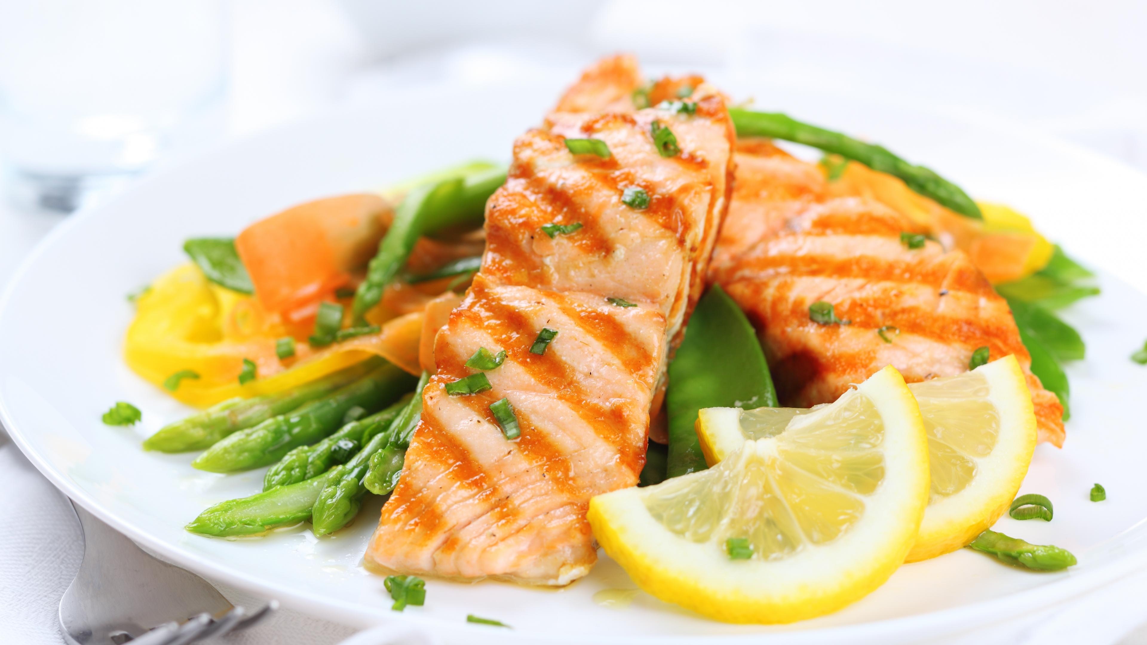 fruit_vegetables_fish_garnish_lemon_food_74301_3840x2160.jpg