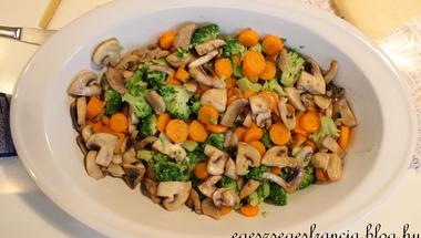Kedvenc zöldségek csőben sütve