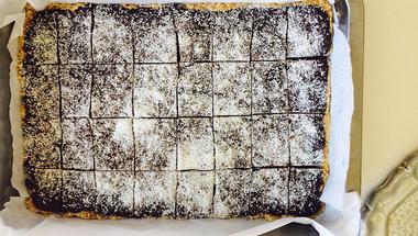Kókuszos-csokis desszert - sütés nélkül