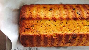 Quinoás süti joghurttal és minden földi jóval