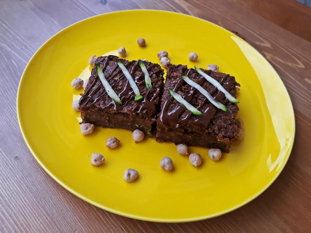 Csokis szeletek rejtett zöldséggel
