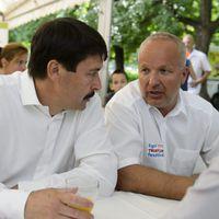Orbán fogorvosa is segített a menekülteknek